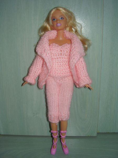 Vetements Pour Les Poupees Style Barbie Et Autres Plaisir